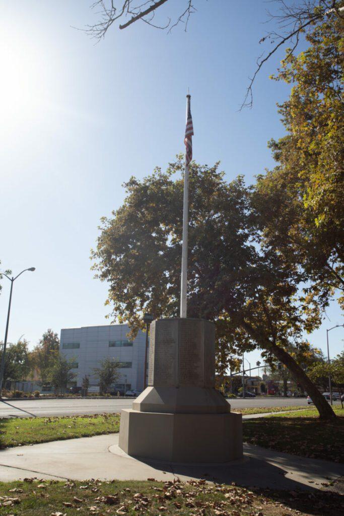 Decoto Monument
